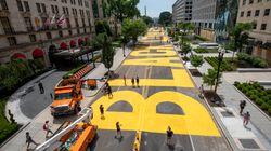 Un «Black Lives Matter» géant a été peint dans la rue menant à la