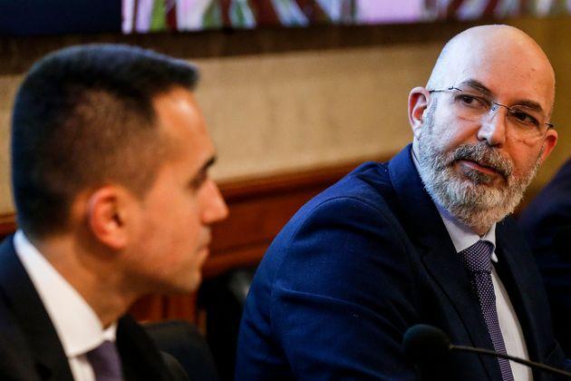 Luigi Di Maio,Vito Crimi durante la conferenza stampa del Movimento 5 Stelle per presentare un piano di rilancio economico per affrontare la crisi causata dal coronavirus, Roma 5 marzo 2020. ANSA/FABIO FRUSTACI