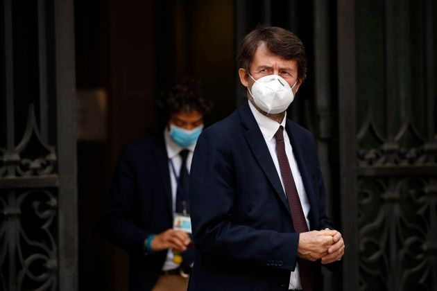 The Italian Minister of Cultural Heritage Dario Franceschini with the mask to protect himself from the...