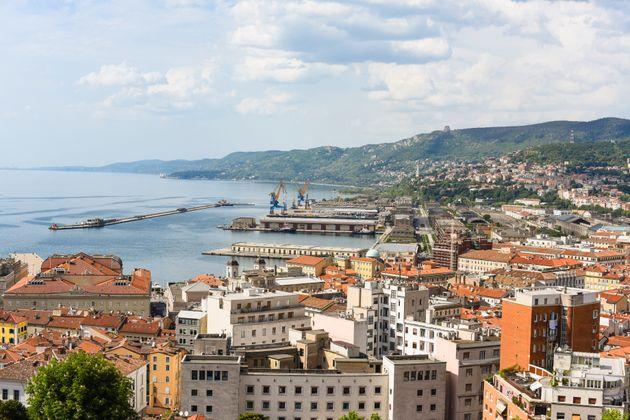 Italien, Triest Stadt am Meer als