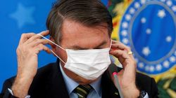 Coronavirus, superati 400 mila morti. Bolsonaro ordina stop ai dati in