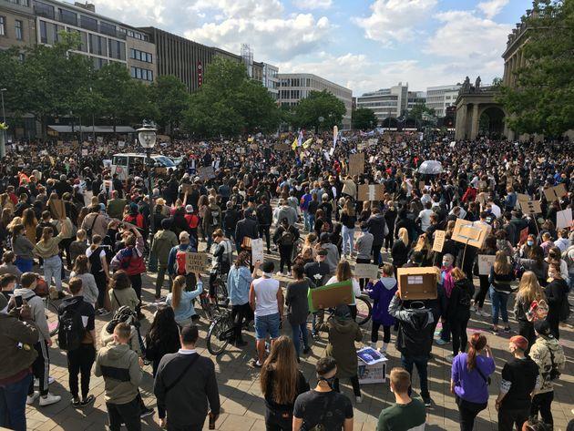1万人が参加したハノーファーでのデモ