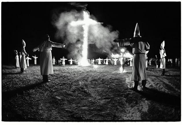 Miembros del Ku Klux Klan, en 1986, en Estados
