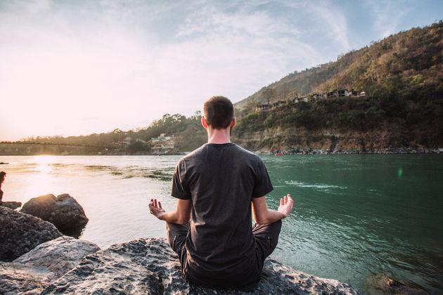 Daniel Thorson a passé deux mois en méditation silencieuse dans une cabane située...