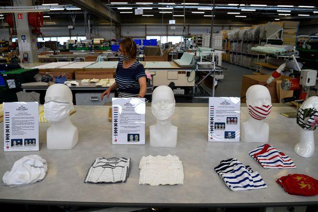 Dans l'usine de confection de la marque