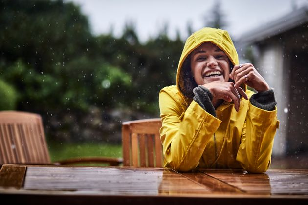憂鬱な雨の日も、優秀な防水アイテムがあれば楽しく過ごせます。