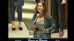 Laura Boldrini si inginocchia alla Camera in memoria di George Floyd