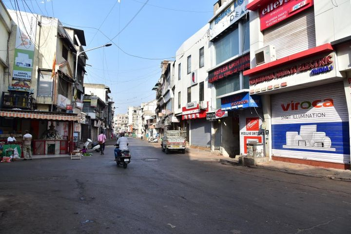 Relief Road, one of the busiest roads in Ahmedabad has sector specific markets serving the needs of the entire state. The roa