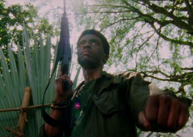 Chadwick Boseman é Stormin' Norman, o comandante de um pelotão de soldados negros no Vietnã,...