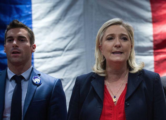 Julien Odoul et Marine Le Pen à Besançon lors d'un meeting en