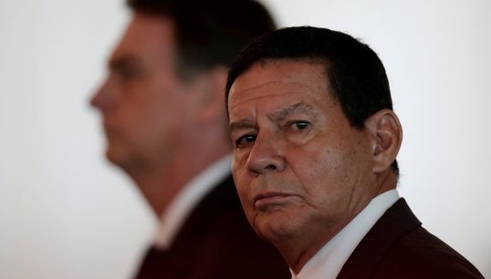 Mourão diz que democracia está em pleno funcionamento no Brasil: 'Não vejo hoje