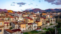 Σπίτια με 1 ευρώ στο χωριό των «τελευταίων Ελλήνων» στην