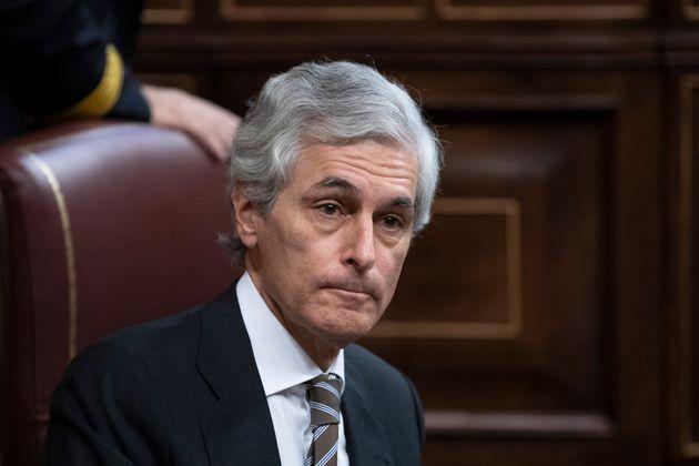 Adolfo Suárez Illana rompe la disciplina de grupo del PP y vota en contra de quitar las medallas a 'Billy...