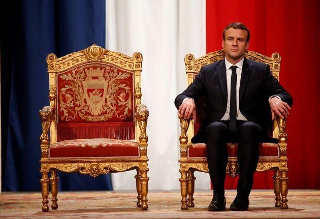 Macron aurait envisagé de démissionner pour se représenter: et s'il l'avait