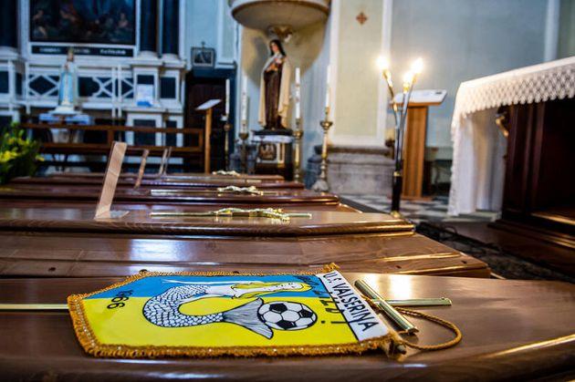 21/03/2020 Emergenza coronavirus nella bergamasca aumentano i morti; nella foto bare nella chiesa della...