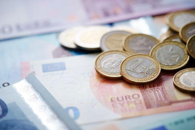«Πράσινο φως» από το Eurogroup για την εκταμίευση δόσης 748 εκατ. ευρώ στην