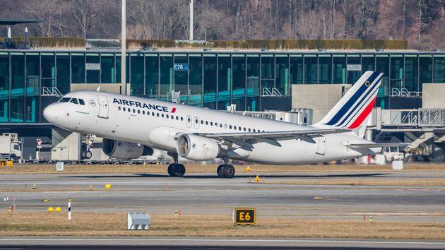 La SNCF et Air France contraints d'annuler certains voyages faute de voyageurs (photo