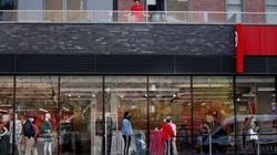 アングル:世界で強まる消費者の倹約志向、コロナ後の回復に影