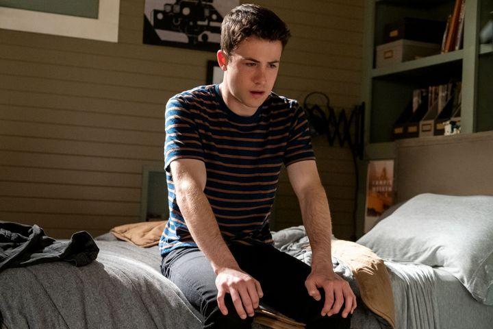 """Les hallucinations dont souffre Clay de """"13 Reasons Why"""" sont-elles un symptôme des attaque de panique?"""