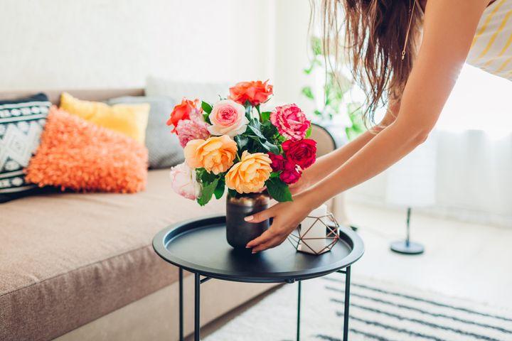 Τα φρέσκα λουλούδια μπορούν να ομορφύνουν κάθε χώρο και μας κάνουν να αισθανόμαστε καλύτερα