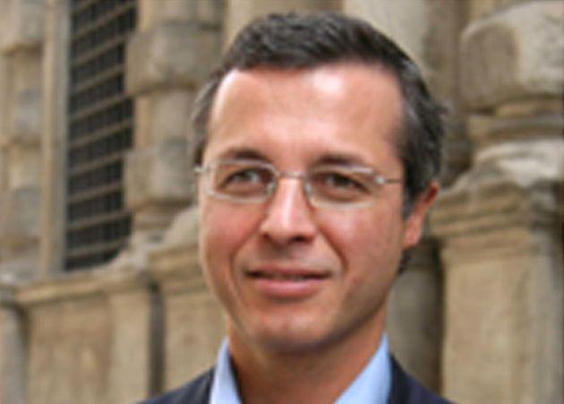 Paolo Massari arrestato a Milano. Un'amica lo accusa di averla