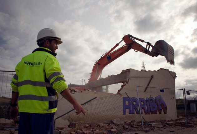 Trabajo aplaza la prórroga los ERTEs por la falta de acuerdo con los agentes