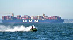 Βίντεο: To μεγαλύτερο πλοίο μεταφοράς κοντέινερ στον