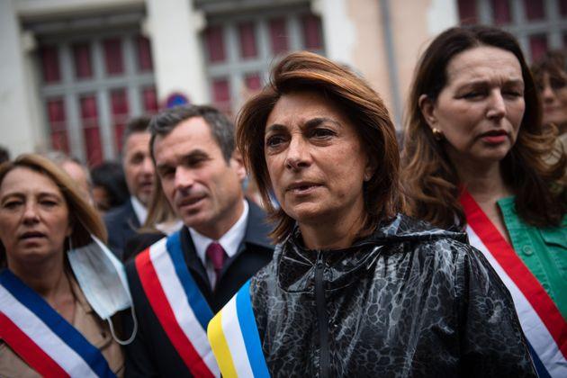 Martine Vassal devant le commissariat de l'Évêché à Marseille en soutien aux...