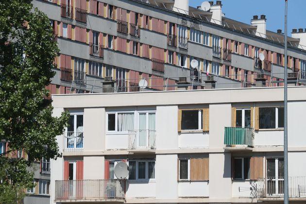 La crise du coronavirus a laissé de nombreux Français en difficulté économique,...