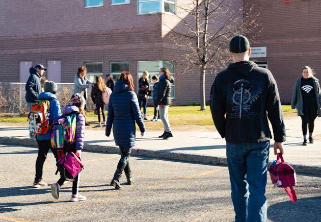 Le retour à l'école pour les élèves du primaire a eu lieu le 11 mai