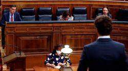 El abismo entre Sánchez y Casado se agranda: