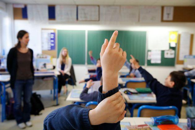 Dans les lycées, la distanciation physique est