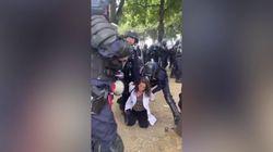 Infermiera trascinata per i capelli e arrestata durante la protesta dei sanitari a Parigi