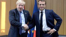 La crise du coronavirus va-t-elle obliger Johnson à lever le pied sur le Brexit? L'analyse du HuffPost