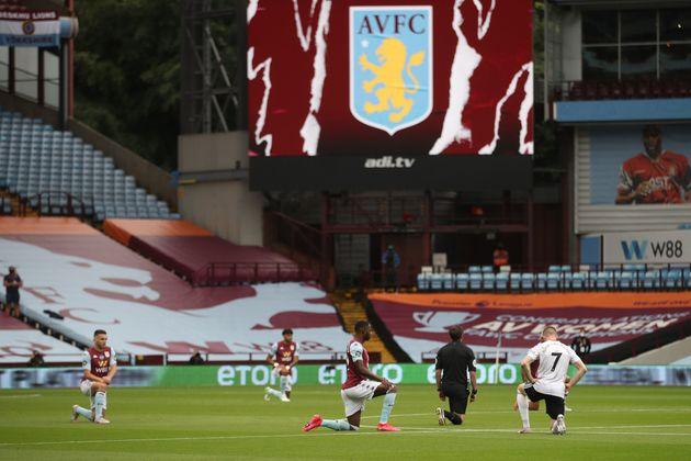 Ce mercredi 17 juin, Aston Villa et Sheffield s'affrontaient pour le premier match de championnat anglais...