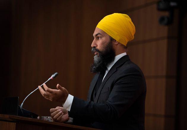 M. Singhcherchait à obtenir le consentement unanime de la Chambre pour une motion qui visait...