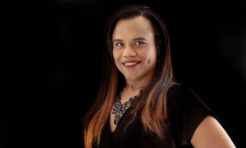 Luh Maza teve receio de assumir sua identidade de gênero, mas seu reconhecimento e os afetos de...