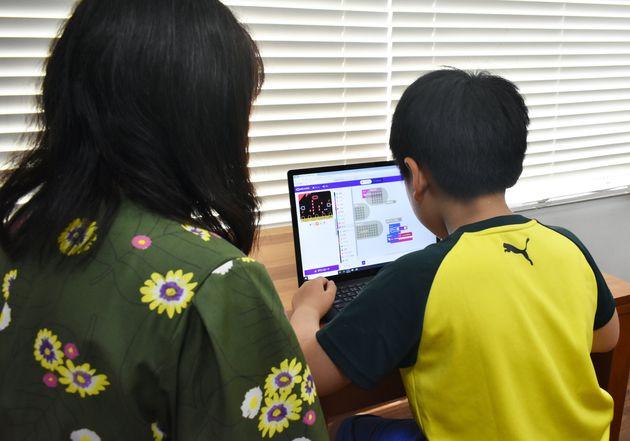 「家で仕事もオンライン授業も」アンケートで見えてきたパソコン選び
