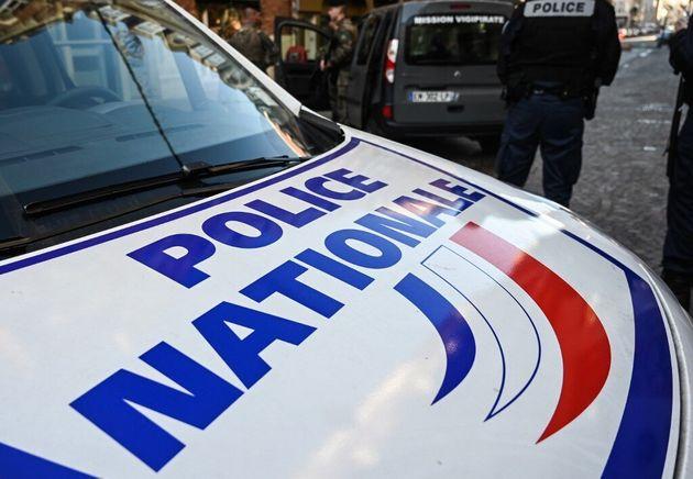 """Human RightsWatch s'alarme de """"contrôles abusifs et racistes"""" de la police française..."""