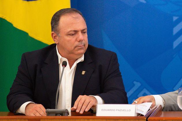 Pazuello foi escolhido como secretário-executivo do ministério pelo presidente Jair Bolsonaro...
