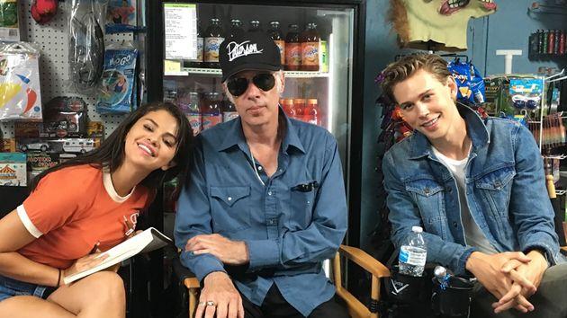 最近ではNetflixの人気シリーズ『13の理由』の製作総指揮も務めるセレーナ・ゴメス(左)や、いまハリウッドで最も勢いがある俳優の1人、オースティン・バトラー(右)も登場