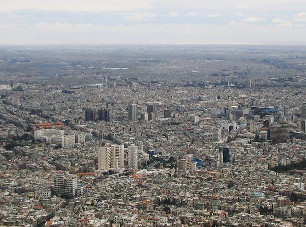 カシオン山から見下ろしたダマスカス市街=2005年3月