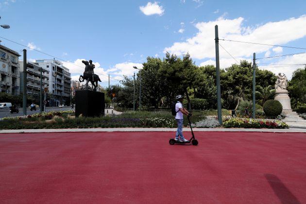 Συνεχίζονται τα έργα του Δήμου Αθηναίων στην Λεωφόρο Βασιλίσσης Ολγας και στην Πανεπιστημίου την Πέμπτη...