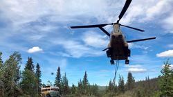 Αλάσκα: Απομάκρυναν με ελικόπτερο το λεωφορείο του «Into The Wild» μετά από θάνατο