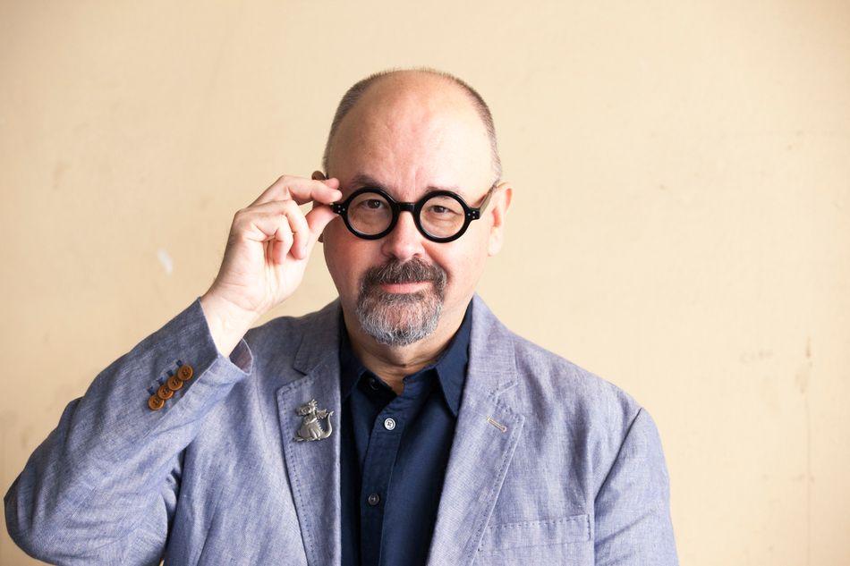 L'écrivain espagnol Carlos Ruiz Zafon, rendu célèbre mondialement par sonroman L'ombre du vent, est mort à 55 ans, a annoncé ce vendredi 19 juin sa maison d'édition Planeta.>>> Lire l'intégralité de notre article en cliquant ici
