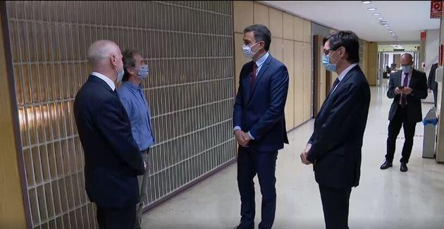 Fernando Simón habla con Pedro