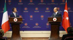 Τσαβούσογλου: Η Τουρκία θα συνεργαστεί με την Ιταλία για την ειρήνη στη