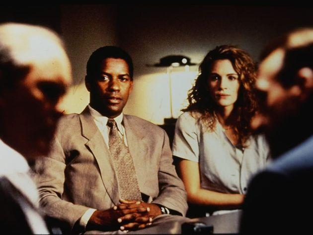 8 filmes sobre conspiração que vão te deixar com a pulga atrás da