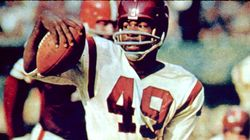 Washington NFL Team Retires Jersey Of Its First Black Player, Leaves Racist Name In
