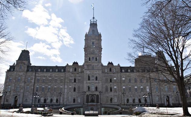 L'Assemblée nationale du Québec n'est pas un lieu de travail à l'abri...